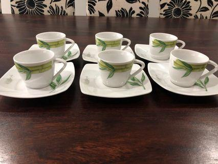 Set of cup and saucer