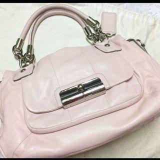 Coach handbag leather