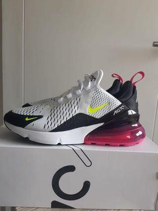 Nike Air Max 270 like new baru 1x pakai complete with box
