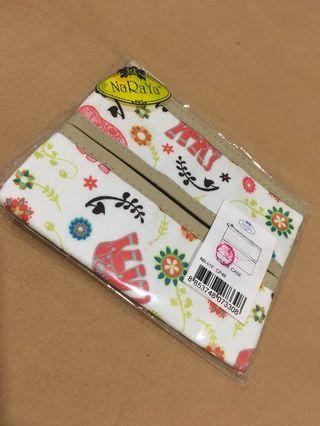 Naraya Tissue Case New in Packaging