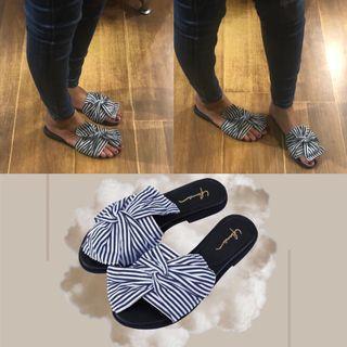 Preloved yuma sandals