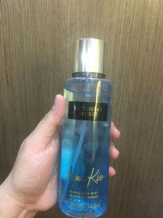 Victoria Secret Body Mist (Aqua Kiss)