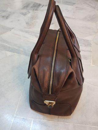Reduced- Authentic Tods bag