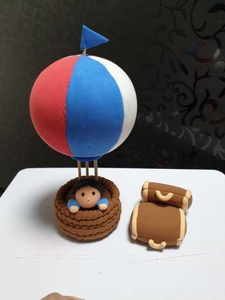 Hot air balloon cake topper - air dry clay