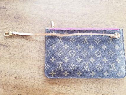 Authentic Louis Vuitton Neverfull pochette in Pivoine