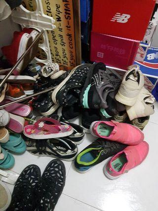🚚 Used Sneakers