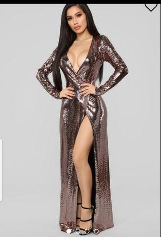 Fashion nova gown