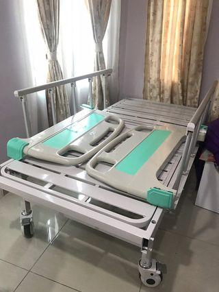 Hospital Bed / Katil Hospital / Katil Orang Sakit