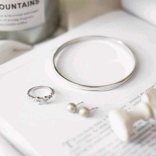 Satu Set Anting + Gelang + Cincin Silver