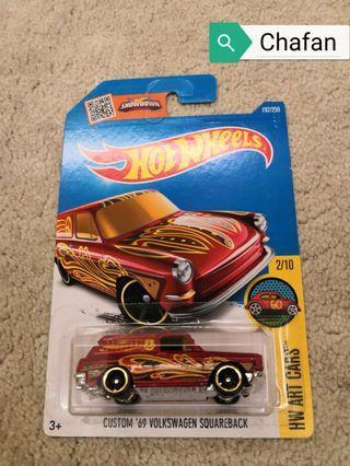 Hot Wheels - Custom '69 Volkswagen Squareback