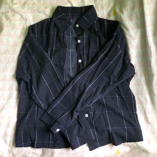 ulzzang grid button up top