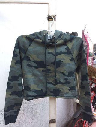 crop hoodie army h&m