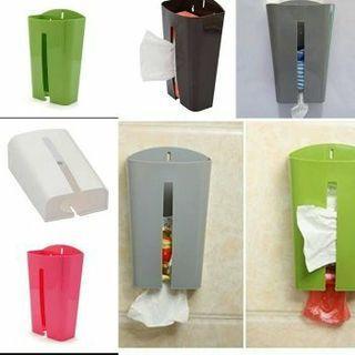 Dispenser tempat penyimpanan kantong plastik
