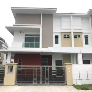 2 storey house , for sell , 22x85 , 3000sqft , cash back 55k
