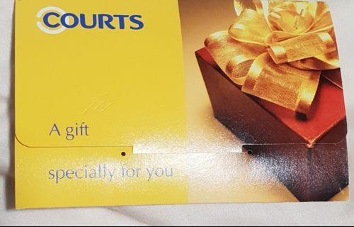 COURTS GIFT CARD WORTH $700