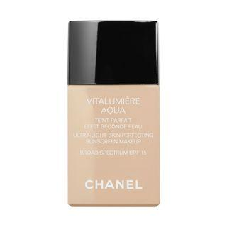 Chanel Vitalumiere Aqua Foundation B20