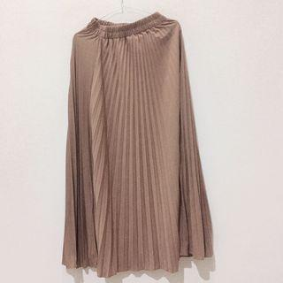 Pleated Skirt Brown