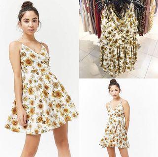 NEW F21 Floral Dress / Wrap Dress