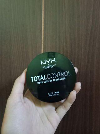 NYX Total Control Matte Cushion (shade Tan)