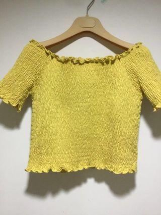 🚚 今夏最新色Lime yellow 一字領合身短上衣
