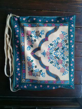 Tas mukena dan sajadah