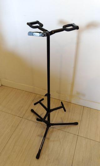 USED Triple guitar stand