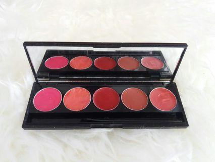 Msrtinez lip palette
