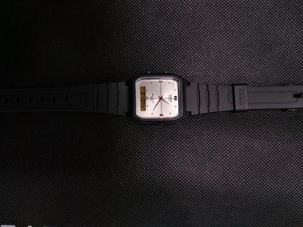Analogue & Digital Display Watch