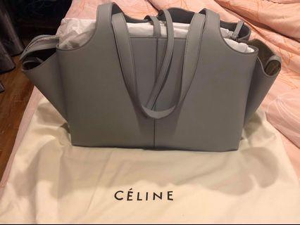 🚚 Authentic Celine Hang Bag