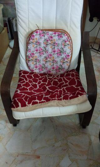 🚚 Arm Chair