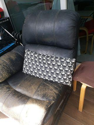 🚚 Sofa free giveaway