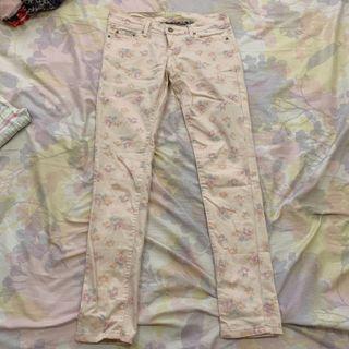 Vintage floral pastel pants