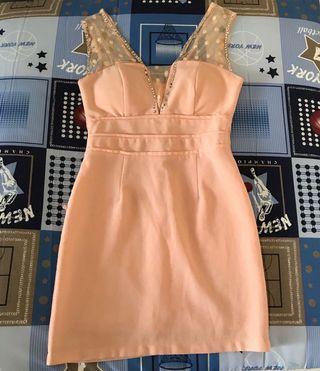 夜店風性感粉橘洋裝,衣長78公分,胸圍38公分,腰圍31公分,誤差三公分(注意下水洗會掉鑽)