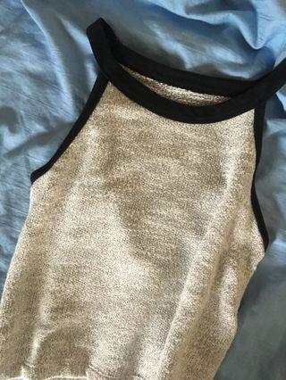 🚚 grey halter top with black outline