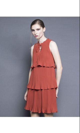 Soigné The Label Tiered Pleated Dress Burnt Orange
