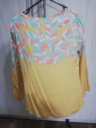 Piecesbyraeesa batik silk top