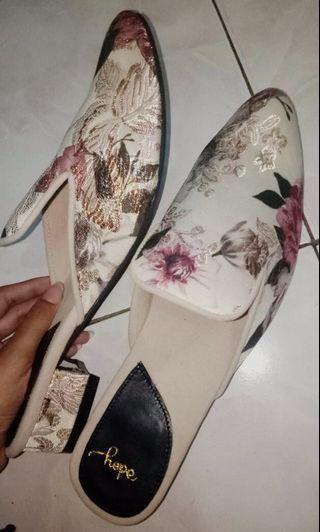 Jada Cream Mules Shoes
