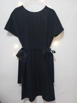 Dress Hitam P&CO