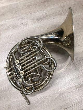 🚚 Holton 179 french horn