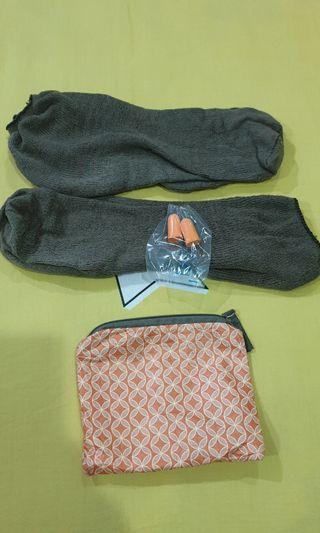 Free, 1 pouch + 2 kaos kaki Garuda