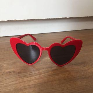 Retro Heart Shaped Sunnies