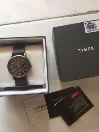 Timex weekender slip thru