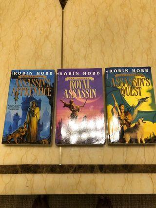 🚚 The Farseer Trilogy by Robin Hobb