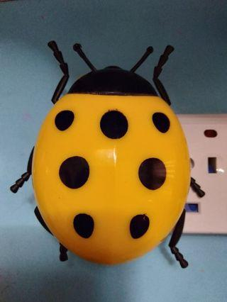 Very dim Night Light - Yellow Lady Bug