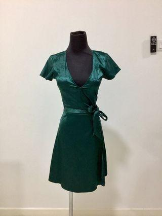 H&M Satin Emerald Green dress