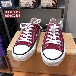 Vintage Converse 90s Maroon color - Size 6.5