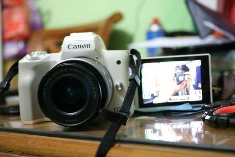 Kamera Mirrorless Cannon M50