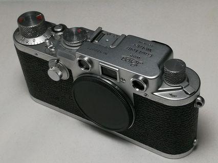 Leica 3F film camera