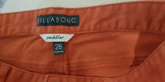 Billabong sz 28 skinny leg jeans