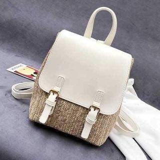 🚚 Rattan backpack